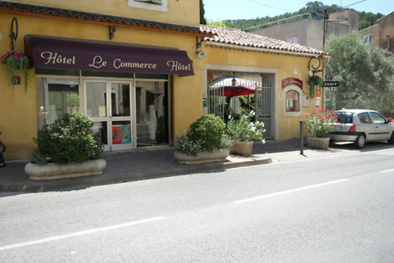 Hôtel Restaurant Le Commerce - photo 2